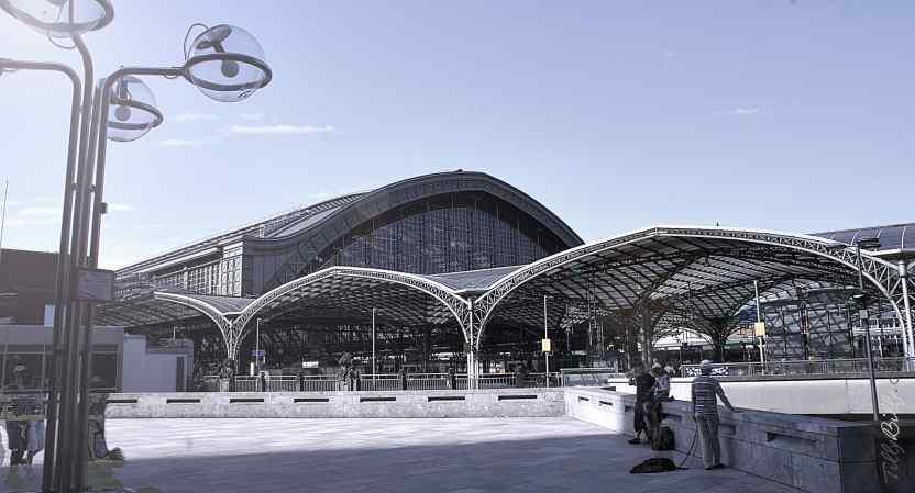 Köln Trainstation by TillyBilly