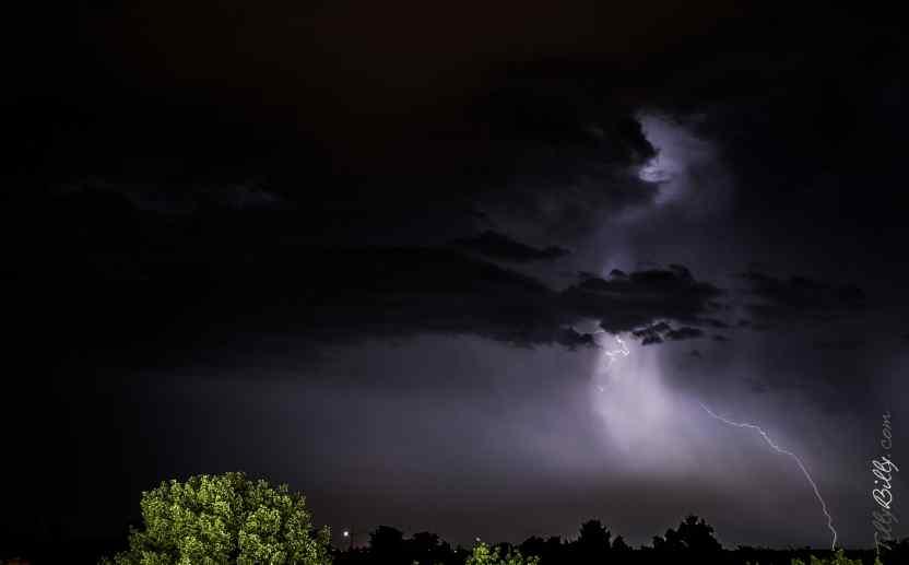 Lightning by TillyBilly